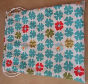 a cute little lined shoebag for my sister for when she wears her wellies to work and carries her flats in her bag